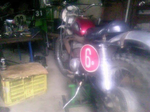 TS3Y3430.jpg